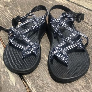 NEW Chacos Size 5 1/2